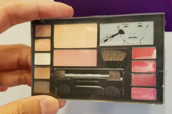 【元太】電子紙新應用 個性化特色之智慧化妝品包裝盒