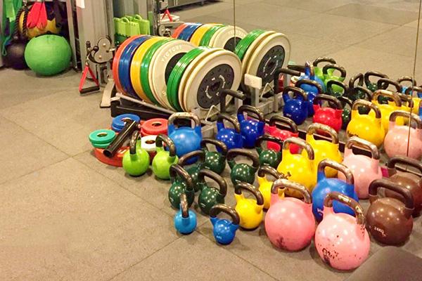 讓您成為容光煥發的拳擊有氧(Aero Boxing)運動與肌力鍛鍊!